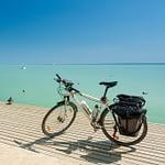 Fahrrad am Steg